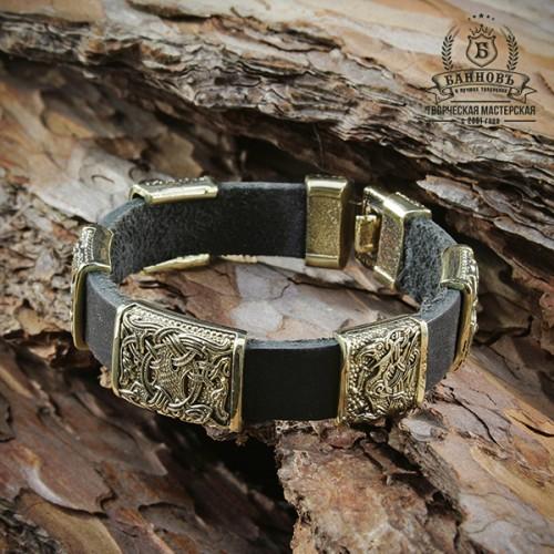 Кожаный браслет с 5-ю бронзововыми бусинами (1 большая, 4 маленькие)